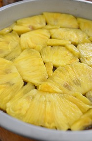 how-to-prepare-pineapple-upside-down-cake-1